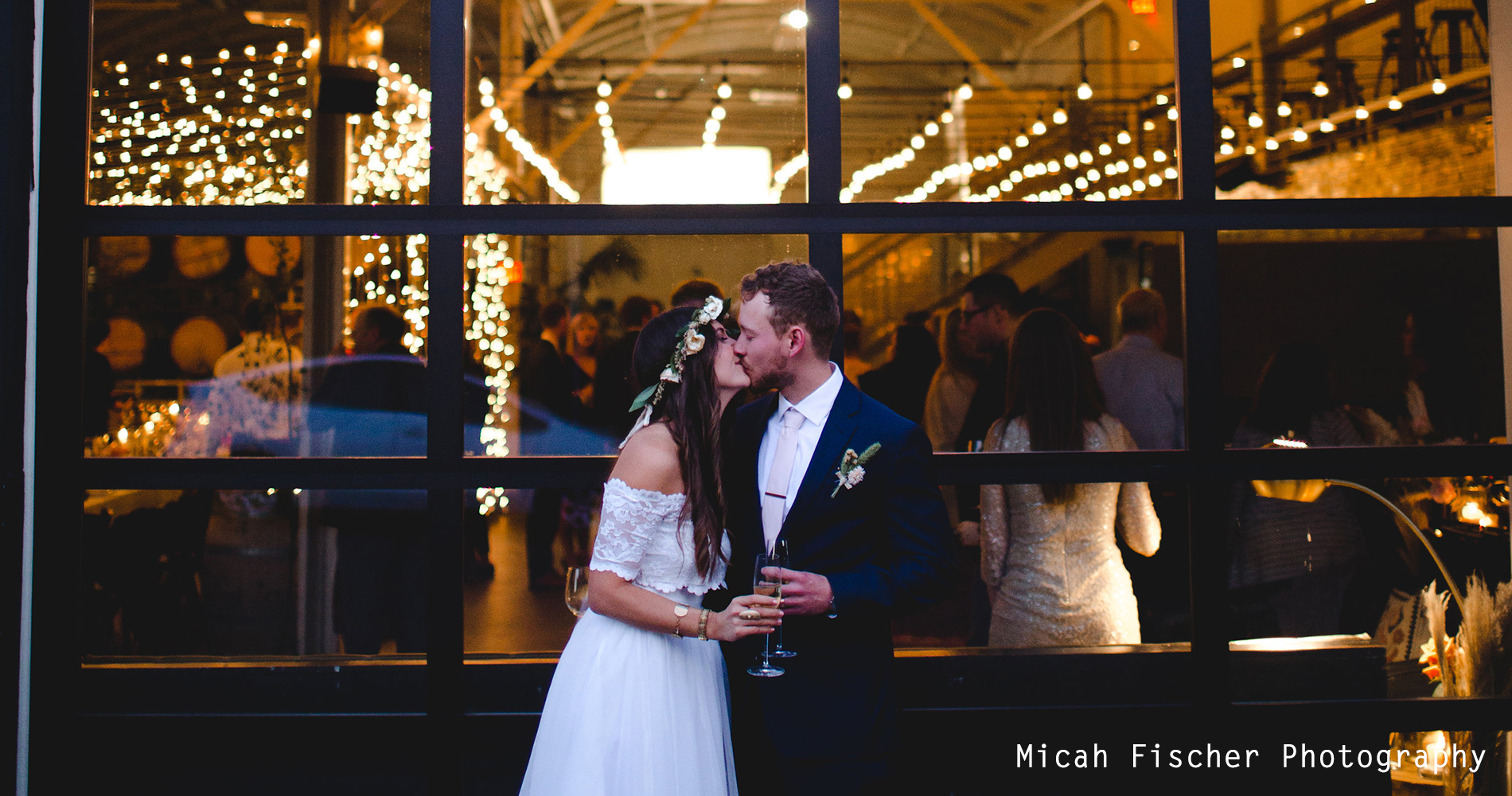 Micah_Fischer_Photography_Weddings_Wedding_Events_Design_Wedding_Cake_Corporate_Business_Meeting_Sales_Training_Event_Marketing_Oregon_Portland_Adventure_Winery_Taproom_Event-Space_Dinner_Party_Restaurant